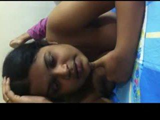 Desi bangla gal sharing her sexperienc...