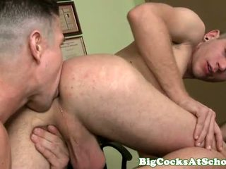 Te-n Alexander Greene pounded with big dick