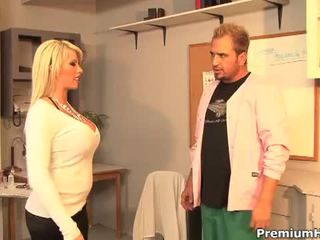 Busty blonde lexxxi lockhart sucks and gets banged