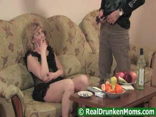 Drunken elder 老 娃娃 glamorous 硬 肛交 onto livecam