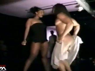 Fekete nők grope & stroke male stripper mystery