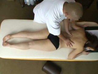 Mosaic: femme reluctant orgasme pendant massage 2