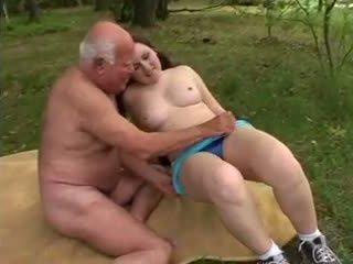 おじいちゃん mireck - a ファック で ザ· 森, ポルノの a8