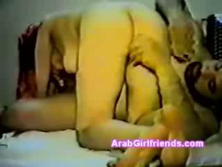 Nghiệp dư ẩn cẩm video với arabian mô hình với pony đuôi sự nịnh hót béo guys dong