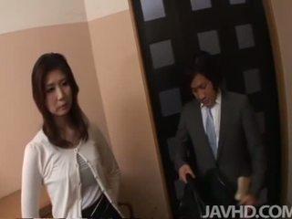 Jepang anal dan tetesan sperma