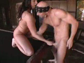 Gianna michaels in boobstravaganza 9
