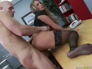 tonton payudara besar penuh, sex kantor, apa saja apaan kantor bagus