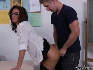 Jāšanās viņa teachers labs & grūti