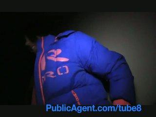 Publicagent anita shows мені її дупа потім bends над і gets трахкав для готівка