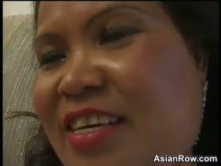Thick et mature asiatique wants une noir bite