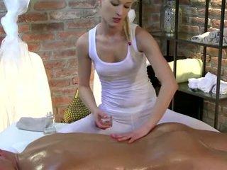 masajista, masajista, masturbándose