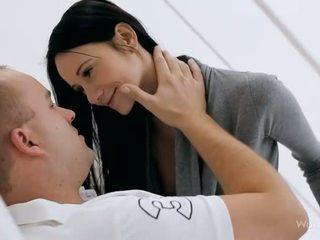 Pal nails hänen seksuaalinen gf