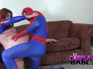 تأثيري فاتنة spiderman likes كبير الثدي