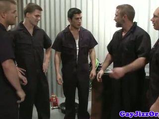 Kiêmshot loving mechanics trong workshop fucking