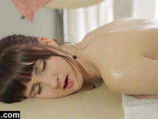 Massagem therapist gets um punhetas reward