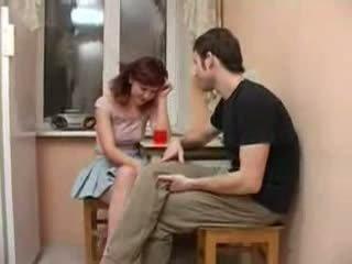 Friends girtas sister seduced ir pakliuvom video
