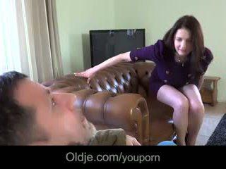 Infidel alt guy gets laid mit wifeã¢â€â™s groß titted jung bestie