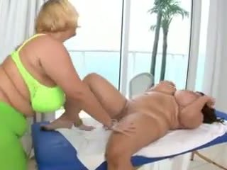 Eee: Free Pussy & Kissing Porn Video 02