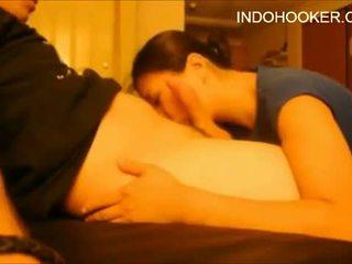 Horký dívka téměř swallowed můj kohout indo pohlaví maniacs