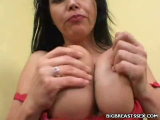 Breasty angelica taladrada