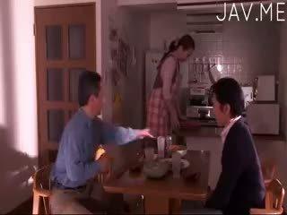 брюнетка, японски, бебе
