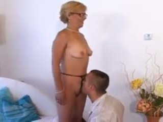 Sexy Short Hair Blonde MILF, Free Sexy MILF Porn Video 7e