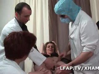 Dilatations extremes de femmes fontaines chez le gyneco