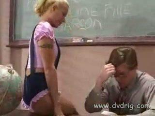 כיתה, נענש, תלמידות