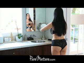 Puremature oğlan takes 12-inch deli