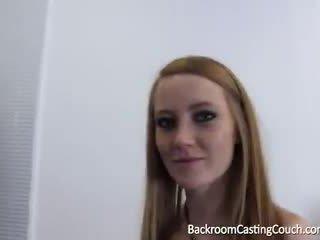 spuitende, divan, redhead