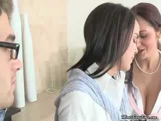Milf eats ei daughters pasarica