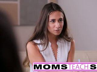 Mère seduces fils en dur rapide baise lessons <span class=duration>- 12 min</span>