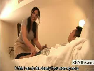 Subtitled japonsko milf masseuse indecent hotel masaža
