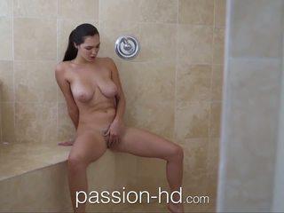 Passion-hd נערה מאונן ב מקלחת gets מזוין