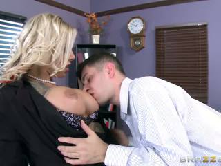 Brazzers - Tatooed MILF Britney Shannon Takes Charge.