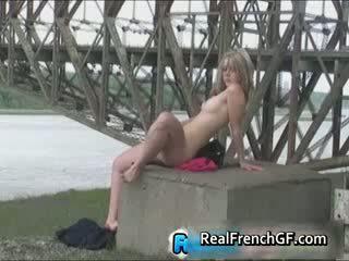 Liar bawah yang bridge awam orang peranchis