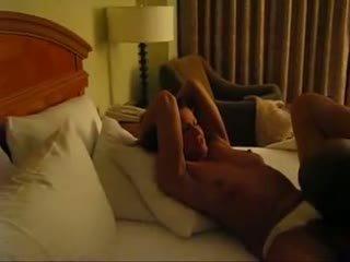Romantic cuckold filmed oleh suami video