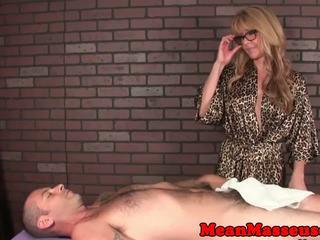 чекии, масаж, строга господарка