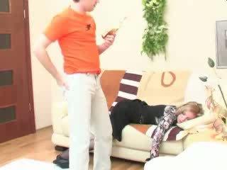 Mabuk tidur mama anal kacau video