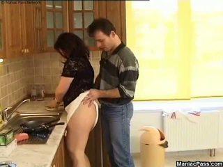 지방 고양이 부엌 바닥 씨발, 무료 큰 아름다운 여자 포르노를 81