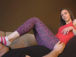 Pēdas dievināšana uz legingi, bezmaksas skaistule porno video 88