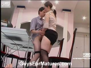 seks tegar, matang, seks muda lama