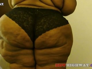 Amazon टीन साथ विशाल hips और बट