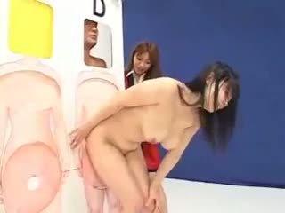 Kuliste irklararası grup seks gösteri
