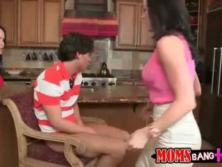 Sexy mom Kendra Lust 3some with Katie