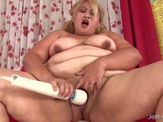 Chubby Mom Uses Magic Wand, Free Jeffs Models HD Porn b6