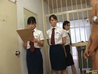 Японська av модель в a piss відео