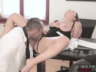 office, secretaries