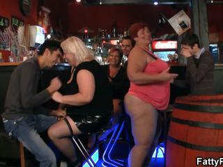 Kövér csoport nagymellű buli: kövér nagymellű hd porn videó 8c