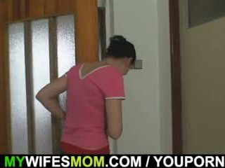 Oldie fucks son fille s homme
